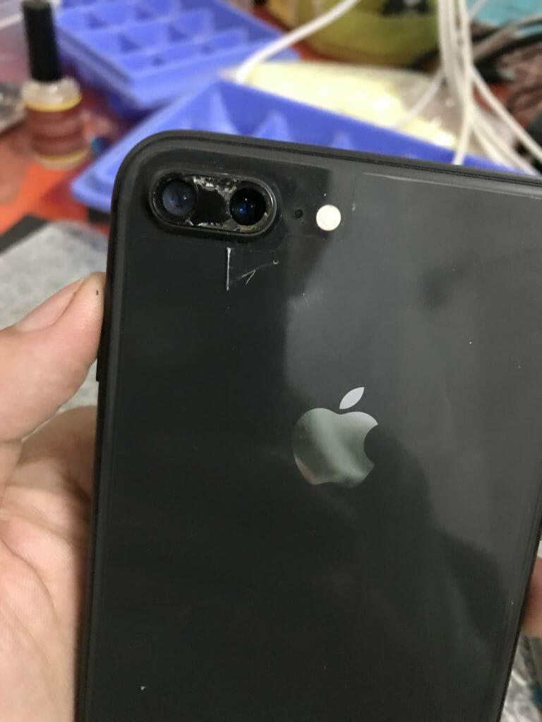 Kính camera sau iPhone