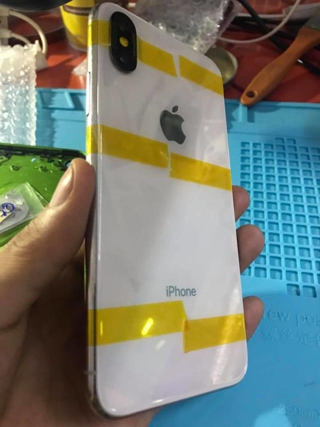 thay nắp lưng iphone x trắng